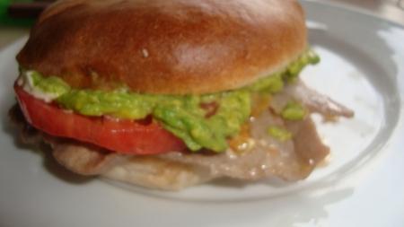 Churrasco con Palta (Guac) y Tomate....